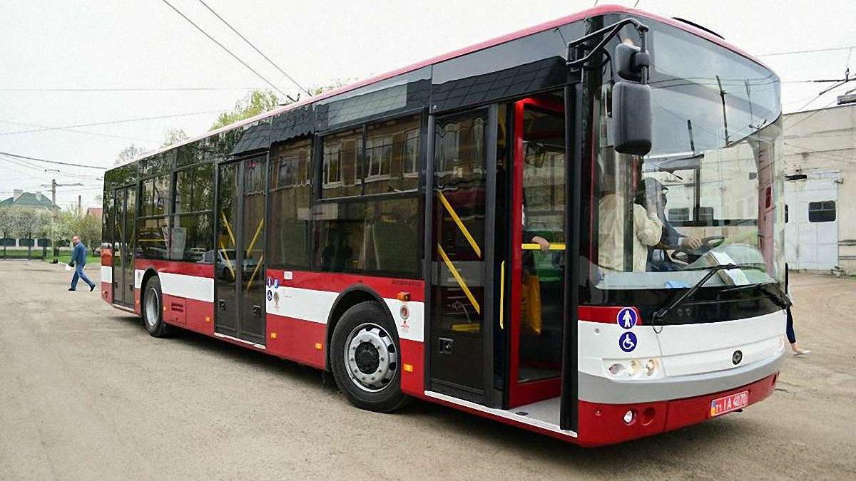 Результат пошуку зображень за запитом франківськ комунальні автобуси