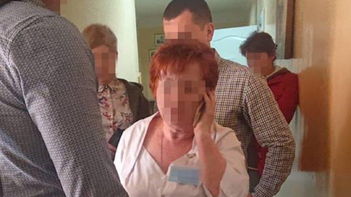Львівську неврологиню оштрафували за вимагання хабара у матері ...