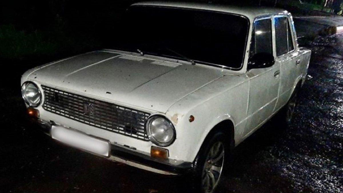 На трасі Львів-Шегині п'яний 24-річний водій намагався відкупитися ...