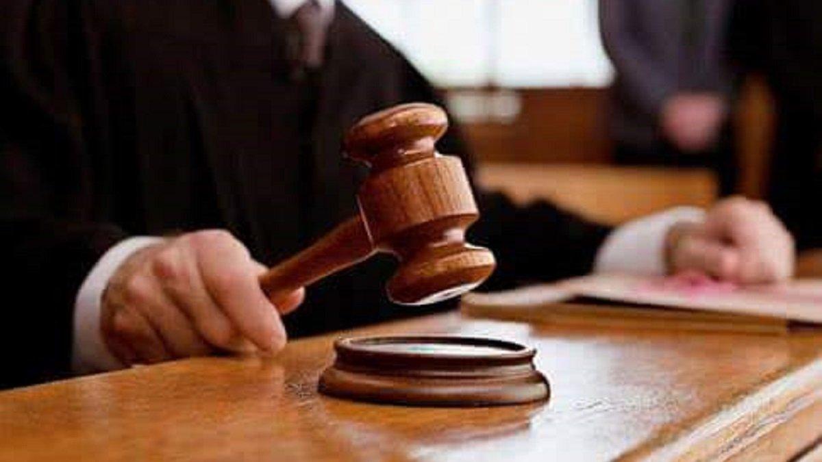 Двом чернівецьким податківцям дали по п'ять років тюрми за хабарництво -  ZAXID.NET