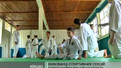 Маленькі спортсмени вивчають айкідо у літньому таборі