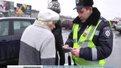 Даївці вручали попереджувальні листівки пішоходам-порушникам