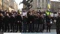 Під управлінням міліції зібрались кілька десятків активістів