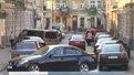 Перекриття дороги на просп. Чорновола у Львові водії не встигли помітити