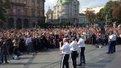 Американські військові заспівали у центрі Львова