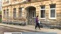 Двадцять квадратів на трьох: у Львові сім'я самовільно добудувала кімнату