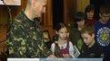 Фронтовик, який два місяці боронив донецький аеропорт, відвідав львівських школярів