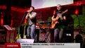 Музиканти-переселенці з Криму на вулицях Львова виконують кримськотатарські мотиви