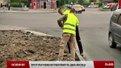 На вулиці Петлюри у Львові ремонтують тротуар