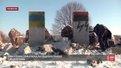 Автор написів на зруйнованому пам'ятнику полякам не знав української мови, – поліція