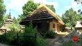 У Шевченківському гаю реставрують лемківську хату