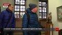 У Львові 45 художників зібралися під одним дахом на різдвяній виставці