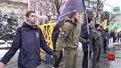 Львів'яни утворили живий ланцюг у центрі міста