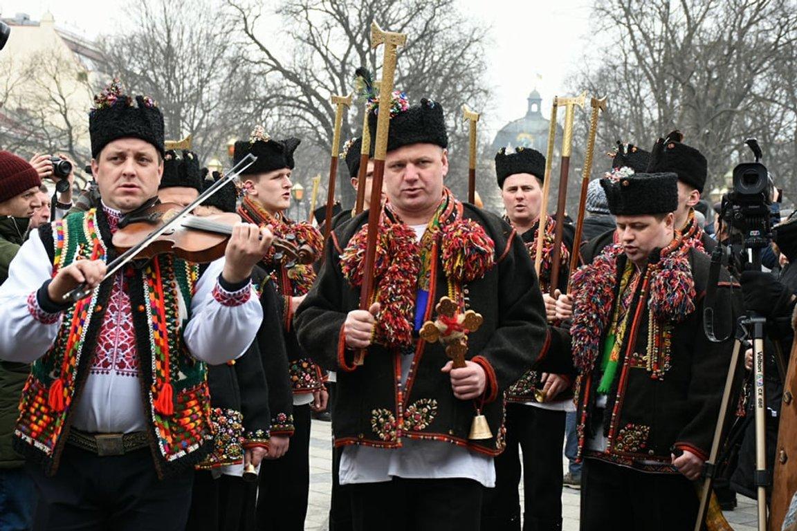 "Результат пошуку зображень за запитом ""гуцули у Львові"""