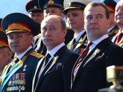 Путін прилетів у Севастополь похизуватися