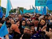 У Сімферополі понад 10 тис. людей прийшли на молебень татар