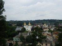 На Тернопільщині літня жінка випала з п'ятого поверху і повисла на мотузках для білизни