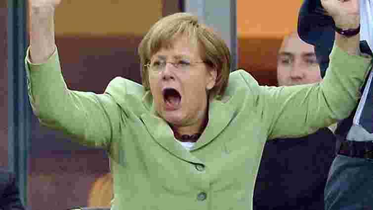 Меркель може приїхати на фінал Євро-2012 до Києва