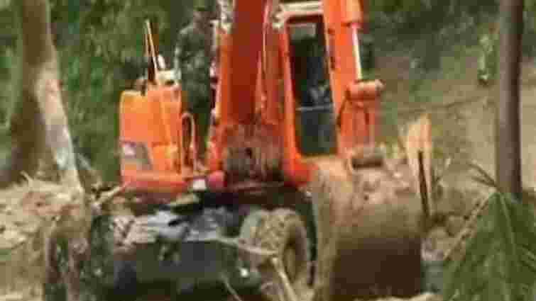 Зсуви ґрунту в Бангладеш забрали життя 30 осіб