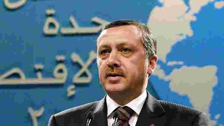 Туреччина стягує війська до кордону з Сирією