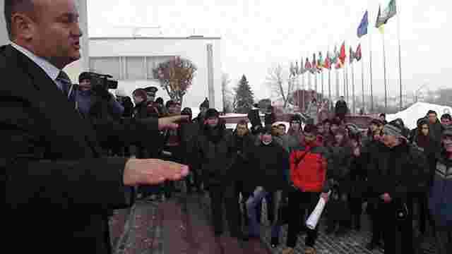 Студенти в Тернополі протестували проти оплати 140  грн за консультацію