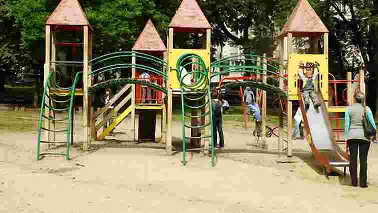 У львівському парку імені Франка відкриють дитячий майданчик