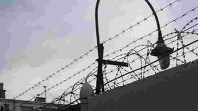 Екс-міністра оборони Греції засудили до 20 років тюрми за хабар