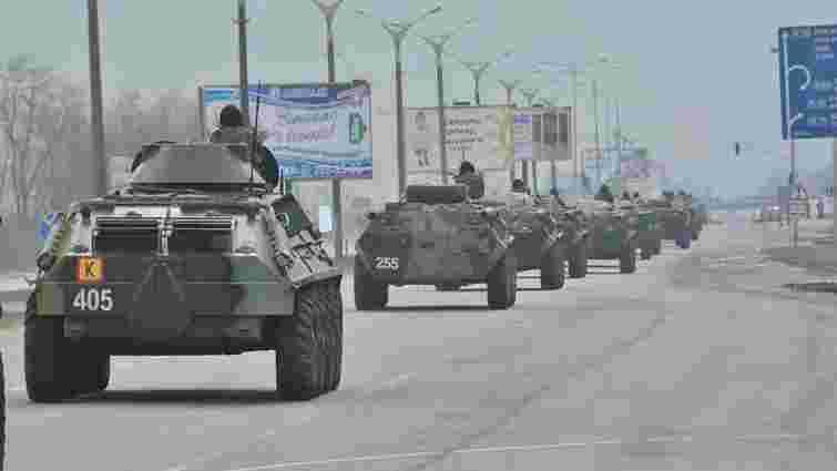 У Львові помічений рух військової техніки (фото)