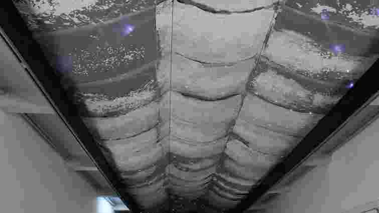 На «Дзизі» відкрилась світлова інсталяція Юджина Бака