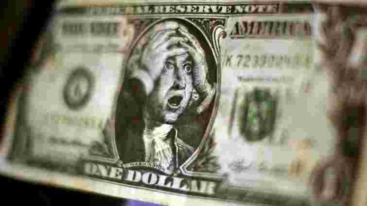 На міжбанку долар США сягнув позначки у 13,2 грн