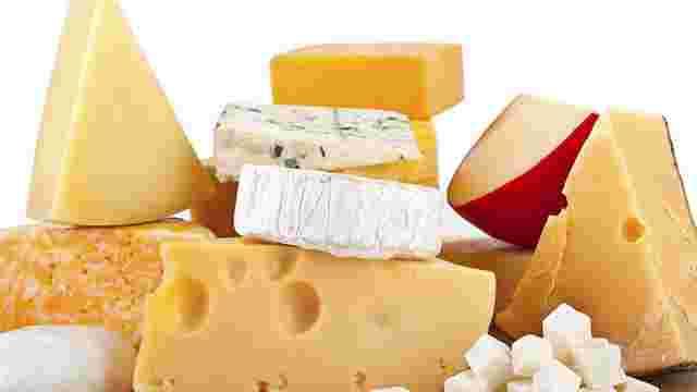 У Данії безхатченкам роздадуть 15 тонн заготовленого для експорту в Росію сиру