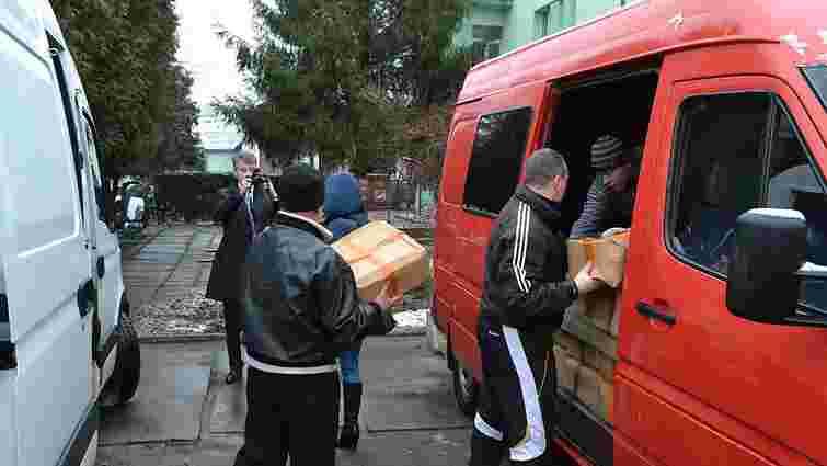 У Раві-Руській поляки передали понад тонну гуманітарки для мешканців Донбасу
