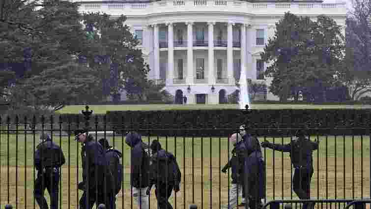 Біля Білого дому розбився безпілотник