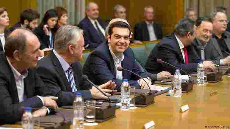 Новий уряд Греції зупиняє реформи, але не бажає виходити з єврозони