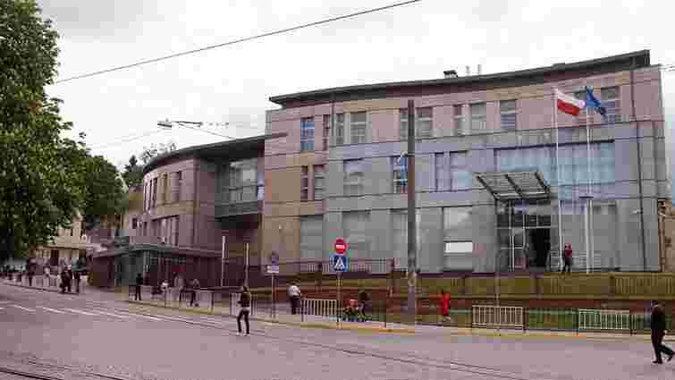 Суд перегляне справу про ₴5 млн боргу Генконсульства РП у Львові