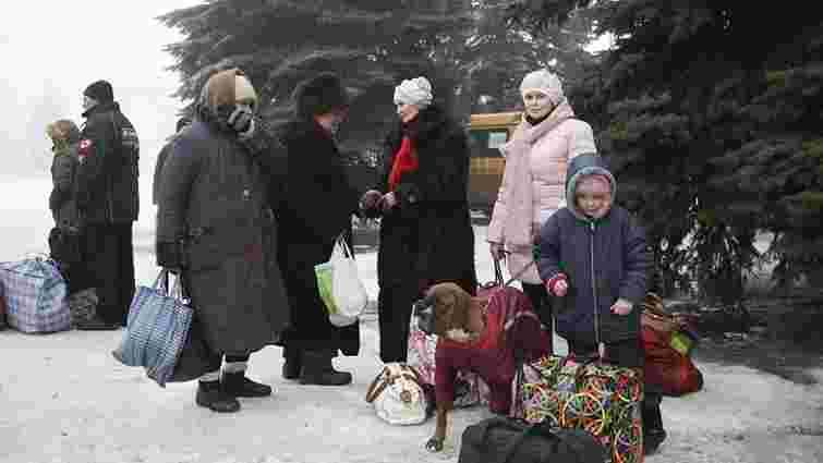 В результаті обстрілу бойовиків у Дебальцевому загинули 7 осіб, - МВС