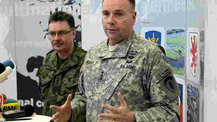 Кількість російських військових на Донбасі сягає 12 тис., - міноборони США