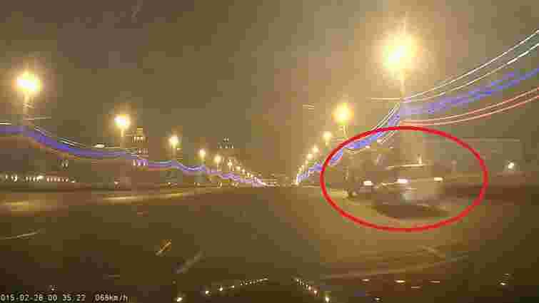 З'явилось відео з місця вбивства Нємцова, зняте за лічені хвилини після нападу
