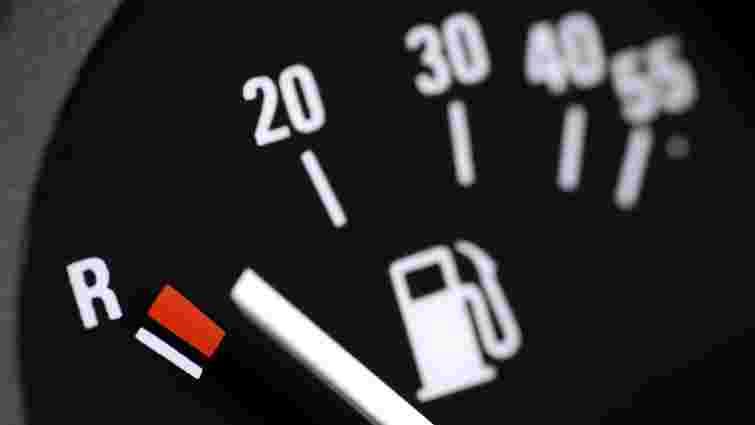 Середня ціна на А-95 на Львівщині знизилась до 21 грн/л