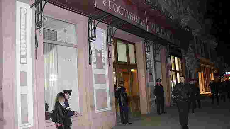 В Одесі затримали підозрюваного у вбивстві двох людей в готелі «Пасаж»