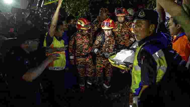 У Малайзії внаслідок вибуху гелікоптера загинули шестеро високопоставлених чиновників