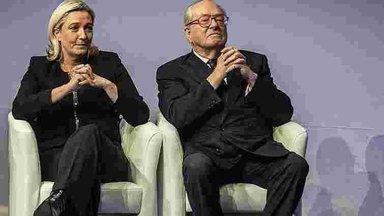 Марін Ле Пен звинуватила батька в дискредитації «Національного фронту»