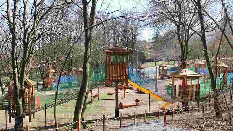 У Львові відкрився перший в Україні мотузковий парк для дітей від 3 років