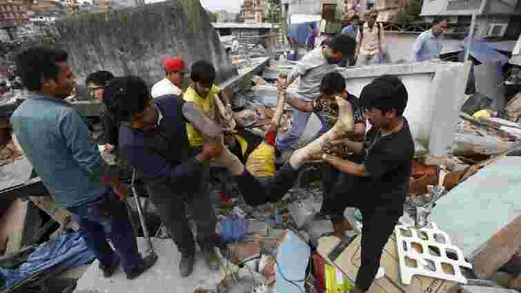Кількість загиблих внаслідок землетрусу в Непалі перевищила 2,2 тис. осіб