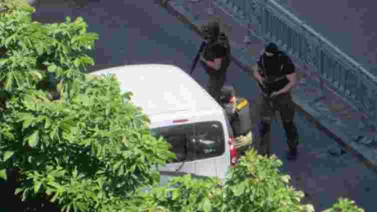 Радник Авакова розказав про стрілянину у центрі Києва