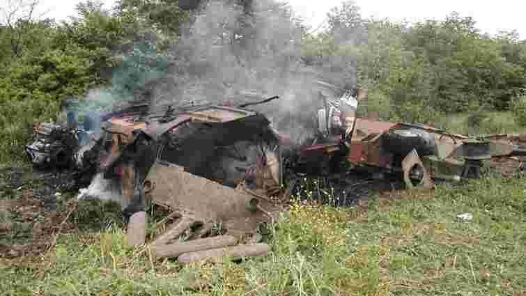 На Донеччині терористи підірвали БТР українських військових