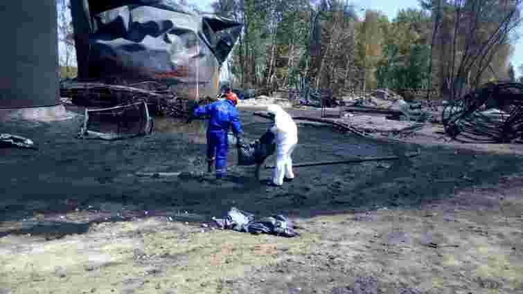 На нафтобазі під Києвом завершили перекачування палива з двох резервуарів, - ДСНС