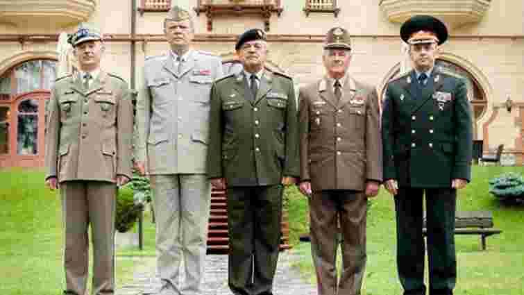 Країни «Вишеградської четвірки» посилять військову співпрацю з Україною