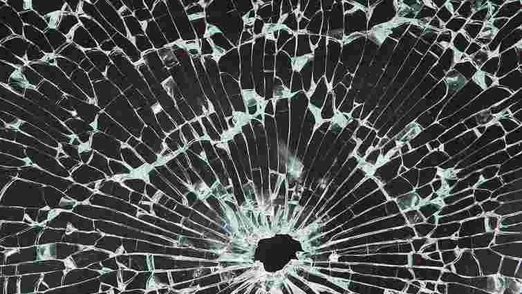 У Харкові обстріляли дві маршрутки: поранено двох людей