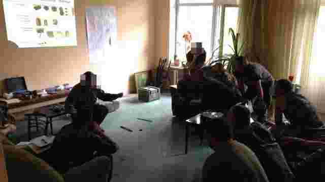 Вперше волонтери запустили курси саперів-підривників